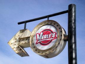 merles-sign