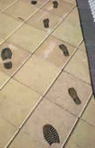 metro-footsteps
