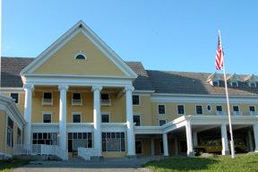lake-yellowstone-hotel4