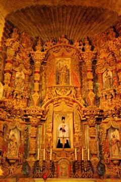 san-xavier-del-bac-altar1