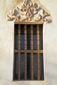 san-xavier-del-bac-east-tower-window-detail2