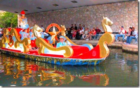 San Antonio - River Parade