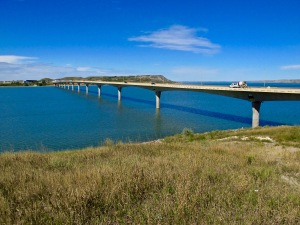 Lake Sakakawea Bridge