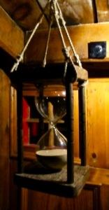 MM - Nonesuch Hourglass